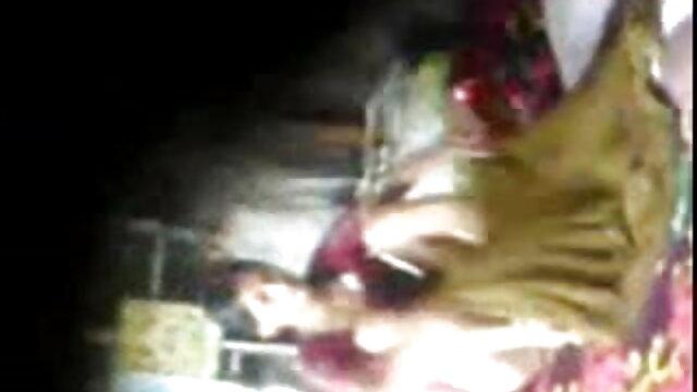 રશિયન છોકરી એક ઉગ્ર ઉત્તેજનાનો અતિરેક નહીં અને ઘણાં ગુજરાતી સેકસી વીડીયો પિચર ચીસો