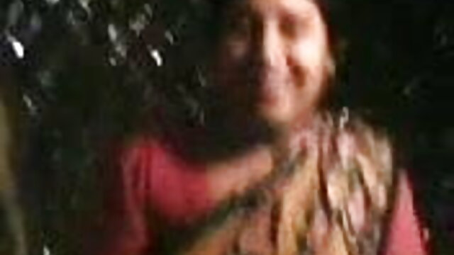 ફિટનેસ મોડલ સેકસી વીડીયો ફોટા અતીશય કામોત્તેજક છોકરી ખંતપૂર્વક લોડો ચુસવું